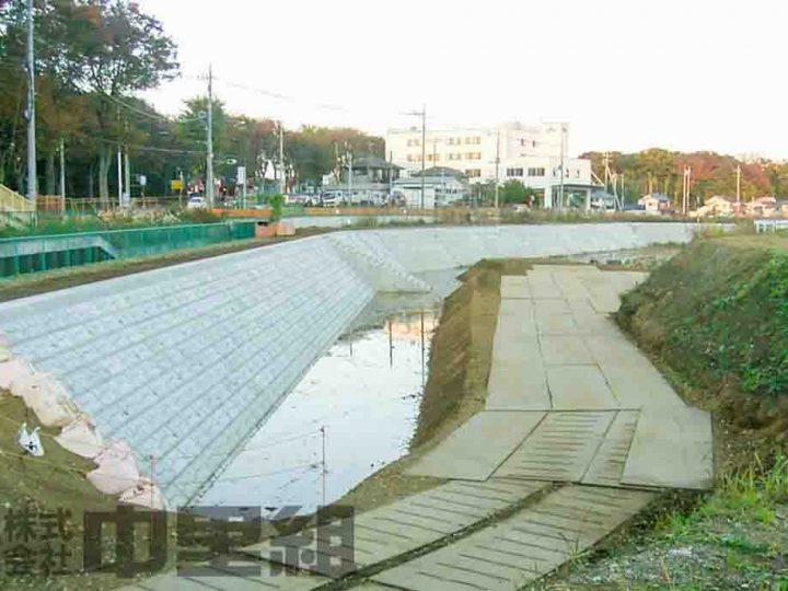 調節池築造工の写真